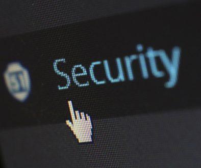 Hacemos-paginas-web-baratas.-Creanos-paginas-web-a-medida-Seguridad anti hacker 03